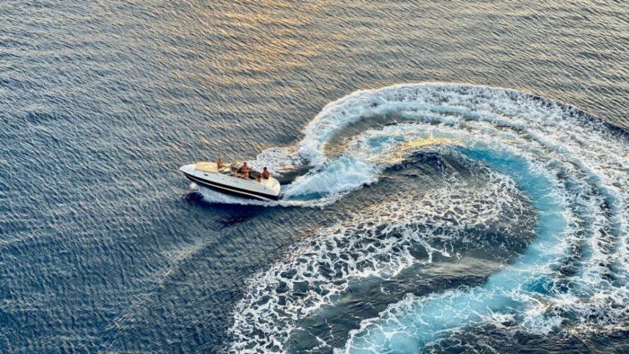 De ce merită să integrezi difuzoare marine pe barca ta?